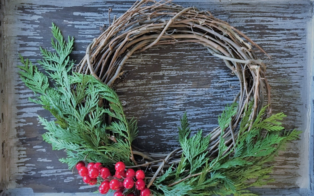 7 Ways to Use the 7ft. Garland from Trader Joes