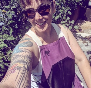 harvesting and gardening apron